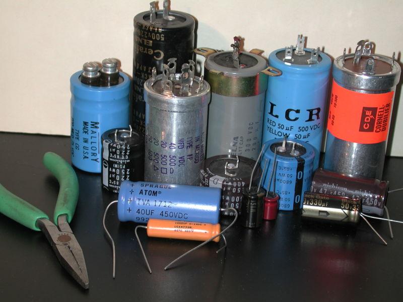 Как проверить конденсатор мультиметром?